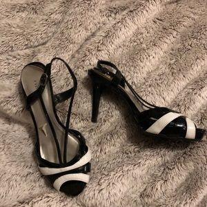 Black & white peep toe heels size 6